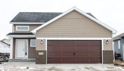Fargo Single Family Home For Sale: 3571 47 Avenue S