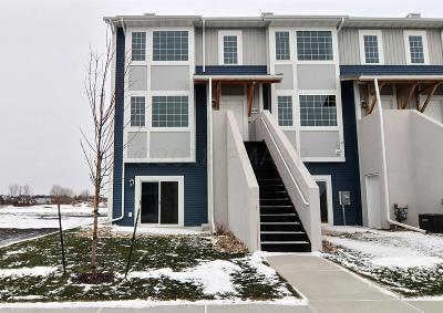 West Fargo Condo/Townhouse For Sale: 3308 D 6 Way E