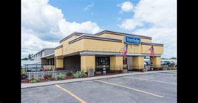 Commercial For Sale: 2001 S Washington Street