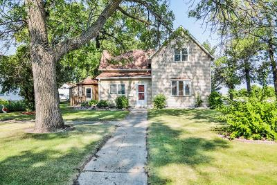 Casselton Single Family Home For Sale: 362 5 Avenue N