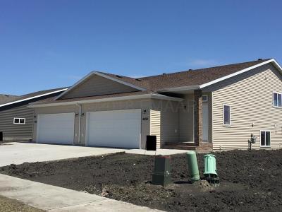 Moorhead Single Family Home For Sale: 4422 18th Street S