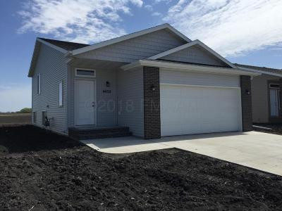 Moorhead Single Family Home For Sale: 4452 18th Street S