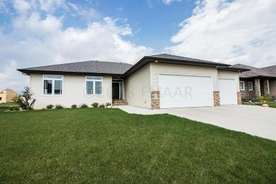 West Fargo Single Family Home For Sale: 168 30 Avenue E
