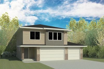West Fargo Single Family Home For Sale: 1006 Eaglewood Avenue W