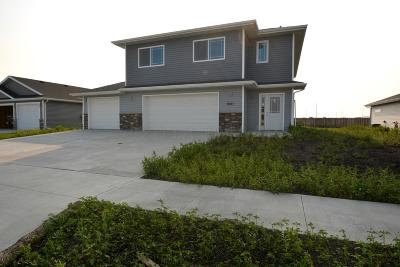 Moorhead Single Family Home For Sale: 1601 41st Street S