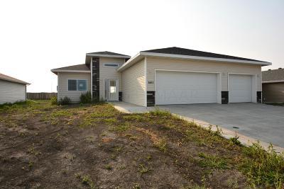 Moorhead Single Family Home For Sale: 1411 41st Street S