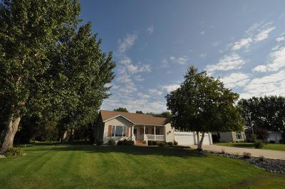 Fargo Single Family Home For Sale: 1311 Cossette Drive S