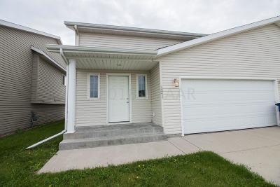 Moorhead Single Family Home For Sale: 1241 37th Avenue S