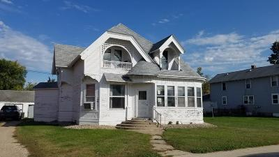 Forman ND Single Family Home For Sale: $44,900
