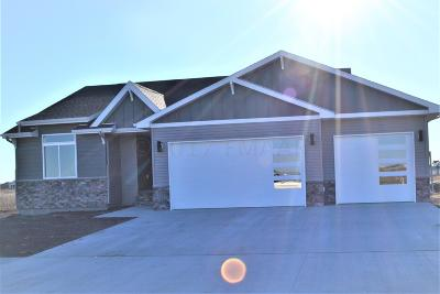 West Fargo ND Single Family Home For Sale: $306,900