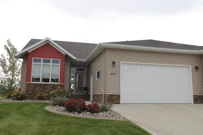 Fargo Single Family Home For Sale: 4359 Coventry Drive S