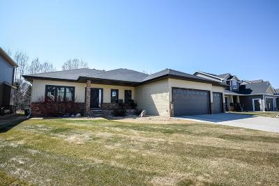 West Fargo Single Family Home For Sale: 3546 Shadow Wood Lane E