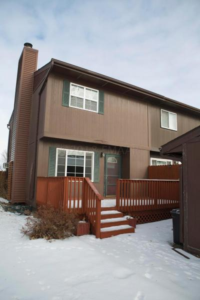 West Fargo Condo/Townhouse For Sale: 543 4 Avenue NW