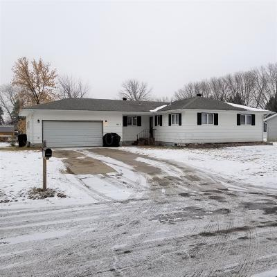 Barnesville MN Single Family Home For Sale: $175,000