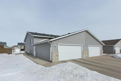 West Fargo ND Single Family Home For Sale: $175,000