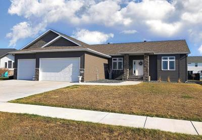 Moorhead Single Family Home For Sale: 4839 Abby Way