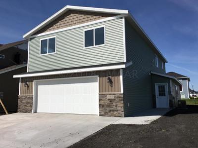 Moorhead Single Family Home For Sale: 1841 46th Avenue S