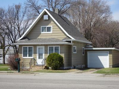 Barnesville Single Family Home For Sale: 511 Front Street N