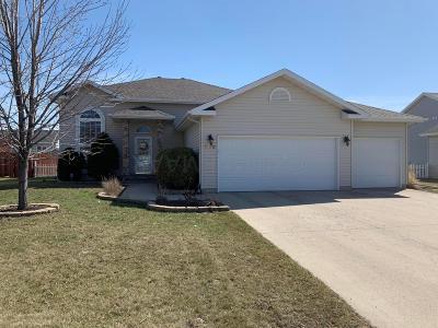 Fargo Single Family Home For Sale: 3452 42 Avenue S