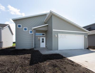 Moorhead Single Family Home For Sale: 3229 39th Avenue S