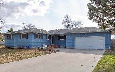 Barnesville Single Family Home For Sale: 601 6 Street SE
