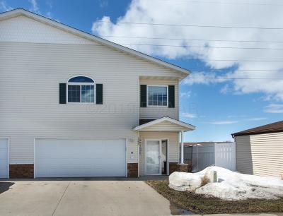 West Fargo Condo/Townhouse For Sale: 1382 6 Street E
