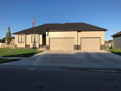 West Fargo Single Family Home For Sale: 3334 2 Street E