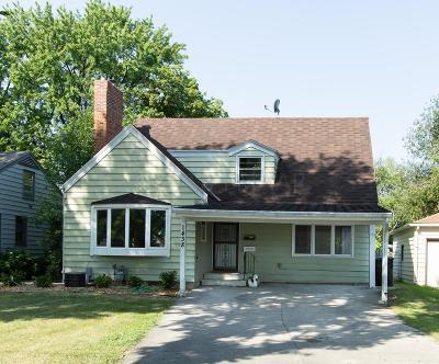 Fargo Single Family Home For Sale: 1438 Broadway -- N