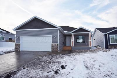 West Fargo ND Single Family Home For Sale: $288,730