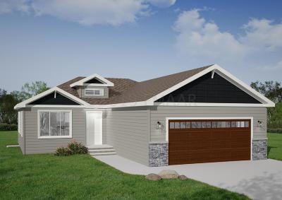 Moorhead Single Family Home For Sale: 1132 46th Avenue S