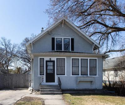 Fargo, Moorhead Single Family Home For Sale: 37 N Terrace Street N