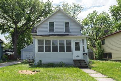 Fargo, Moorhead Single Family Home For Sale: 1338 7 Avenue S