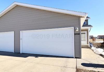 West Fargo ND Single Family Home For Sale: $199,000