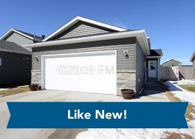West Fargo ND Single Family Home For Sale: $212,500