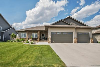 West Fargo ND Single Family Home For Sale: $432,900