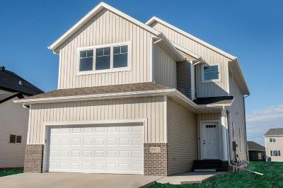 West Fargo Single Family Home For Sale: 5517 8th Street W