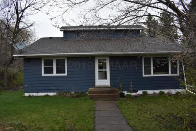 Enderlin Single Family Home For Sale: 103 May Street