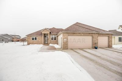 West Fargo ND Single Family Home For Sale: $435,000