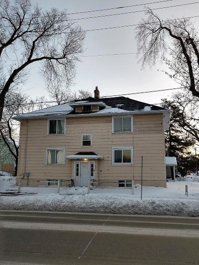Fargo Multi Family Home For Sale: 120 S University Drive S