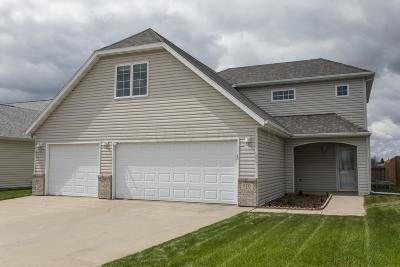 West Fargo ND Single Family Home For Sale: $239,900