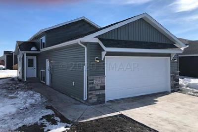 West Fargo ND Single Family Home For Sale: $196,900