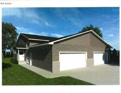 West Fargo ND Single Family Home For Sale: $179,900