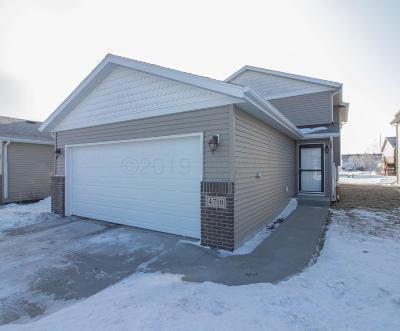 Fargo Single Family Home For Sale: 4710 50 Avenue S
