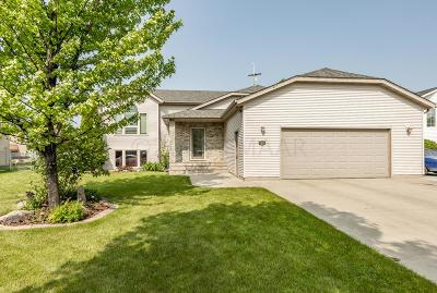 Moorhead MN Single Family Home For Sale: $265,000