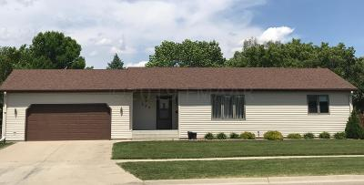 Moorhead Single Family Home For Sale: 202 40th Avenue S