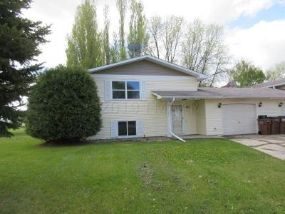 East Grand Forks MN Single Family Home For Sale: $115,500