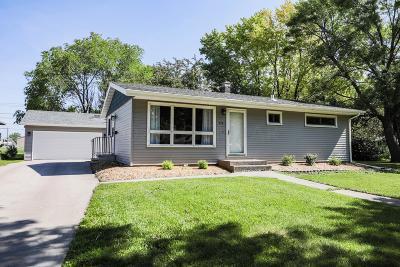 West Fargo Single Family Home For Sale: 434 3 Avenue E