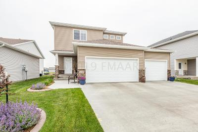 Fargo, Moorhead Single Family Home For Sale: 5429 Justice Drive S