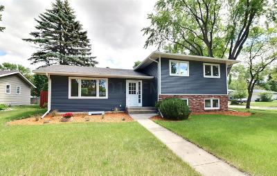 Fargo, Moorhead Single Family Home For Sale: 2801 Evergreen Road N
