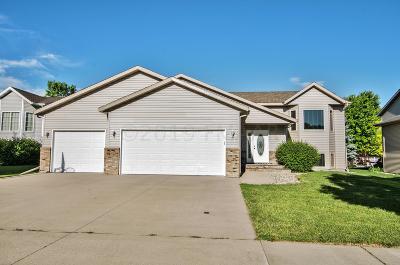 Moorhead Single Family Home For Sale: 612 29th Street N